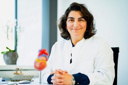 Chefärztin Dr. Dilek Gürsoy